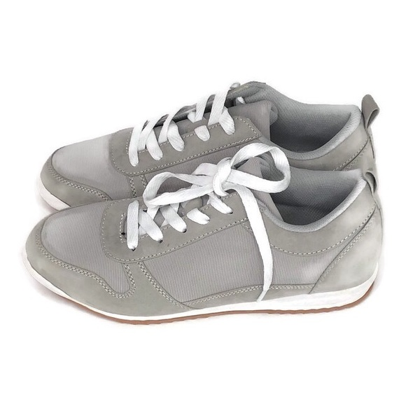 JustFab Shoes - JustFab Ayma Track Shoe Womens Gray Size 7.5
